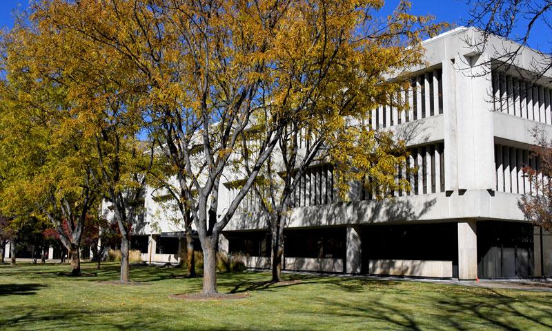 Len B Jordan Building